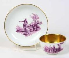 Meissen ceremonial plate purple Camaieu in 1740 #Sets #Teasets #Porcelainsets #Antiqueplates #Plates #Wallplates #Figures #Porcelainfigurines #porcelain