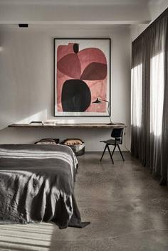 No Ordinary Apartment for a Well-Travelled Design Aficionado 8