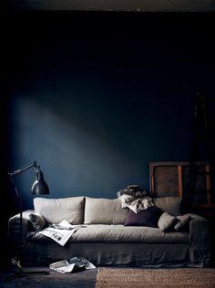 The Swedish Stylist Hans Blomquist and His Dark Inspirations ♥ Шведският стилист Ханс Блонкуист и негов #wood #furniture #dark #home