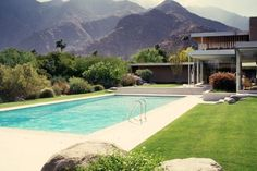 WANKEN - The Blog of Shelby White » Kaufmann Desert House #house #richard #pool #mid #architecture #neutra #century #kaufmann
