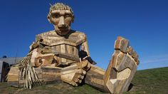 Last year, artist Thomas Dambo, created a whimsical wooden sculpture in the town of Tilst, Denmark