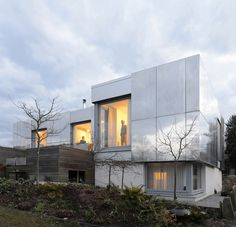 Carbon Neutral House With a Surprising Modern Appearance  Read more: http://freshome.com/architecture/#ixzz37rozmZ1U