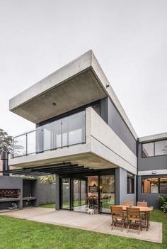 Casa Arturo in Mar del Plata by Moirë Arquitectos