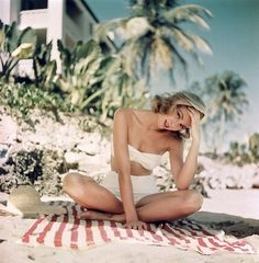 grace kelly | Tumblr #medium #format #grace #kelly #photography #vintage #fashion