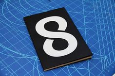 8 : Maryam Fanni #print #design #graphic #publication