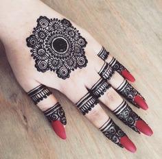 Top 111+ Latest & Simple Arabic Mehndi Designs for Hands & Legs