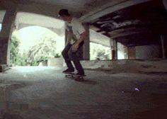 R U N W I T H T H E G O L D E N W O L F #animation #skate #gif