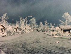 pinatubo8.jpg (728×560) #pinatubo #ash #volcano #1991