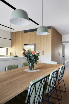 Victorian Style House in Melbourne Gets an Elegant Refresh 7