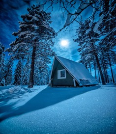 Fantastic Night Sky Photography in Finland by Jari Romppainen