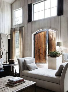 minimalistisch. #interior #white #barn #door #home #wood