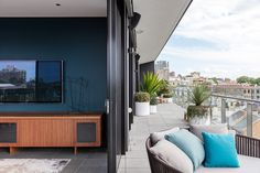 Bourke St Apartment Stephen Collins Interior Design Sydney Australia Mindsparkle Mag deluxe luxury