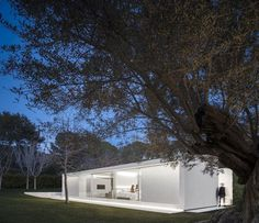 Valencia Guest Pavilion by Fran Silvestre Arquitectos 16