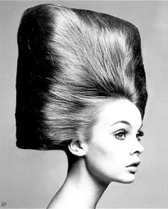 • Hair Style years '60s '70s • Girls & women hairdo 1960 1970 #hairstyle