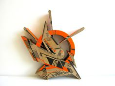 Alecks Cruz | PICDIT #design #art #sculpture #cardboard #graffiti