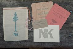 rustic-wood-wedding-invitation-ideas.jpg (JPEG-kuva, 600 × 400 kuvapistettä) #paper #goods