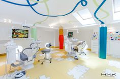 Dental clinic for children with a gorgeous design Dent Estet 4 Kids - Hamid Nicola Katrib - www.homeworlddesign. com (10) #design #interiors #clinic #dental #kids