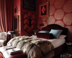 Luxe red bedroom #colors #wallpaper #shapes