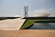 Oscar Niemeyer at iainclaridge.net #oscar #niemeyer #of #architecture #brazil #congress #national