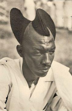 Google Reader (361) #hair #spiral #blackman #melainin #naturalhair #vintage #hairstyle #haircut #unique