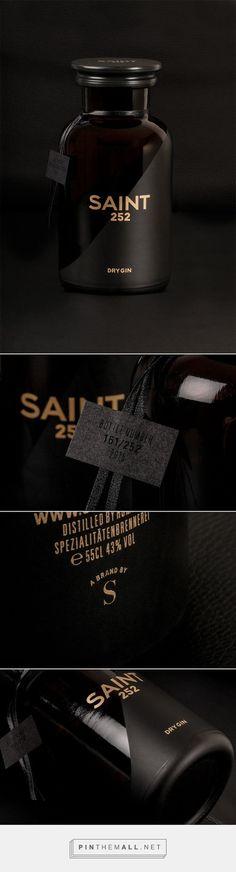 SAINT 252 gin packaging designed by Studio Schoch PD