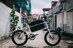 coast cycles unveils quinn cargo bike at SingaPlural 2015 #bike