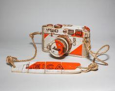 AvMlZ.jpg (520×411) #tactile #camera #leica #paper