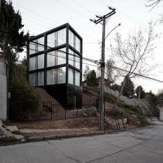 Pezo von Ellrichshausen's Arco House, Concepción Chile, 2011