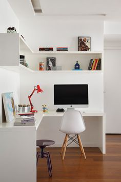 Apartamento Barra RJ / Todo Dia arquitetura #interiors #white #eames