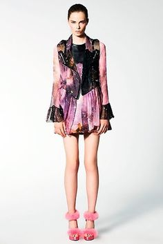 I S A - Christopher Kane #galaxy #christopher kane #haute couture #nebula dress #pink shoes