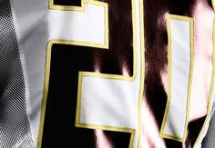 2012_Nike_Football_Oregon_Ducks_Uniform_Mesh_jersey close up