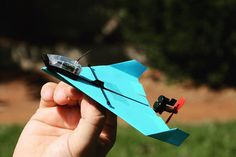 POWERUP DART: App Controlled Paper Airplane - IPPINKA It's time to combine old-school with new technology! The POWERUP DART allows you to perform awesome tricks through your smartphone on a regular paper airplane.
