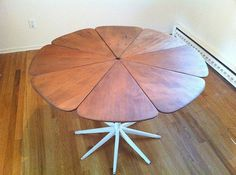 Vintage Richard Schultz petal dining table for Knoll | Flickr - Photo Sharing! #furniture #table
