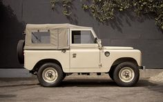 Taupe Rover. #road #rover #land #off