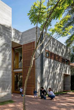 Brutalist-Inspired Concrete House in Sao Paulo by UNA Arquitetos 1