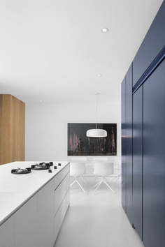 Minimalist Contemporary Home by Dominique Jacquet and Anne Sophie Goneau 3
