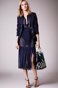Burberry Prorsum Cruise 2015 #burberry #cruise #fashion