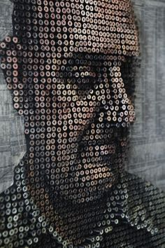 Área Visual: Andrew Myers: retratando con tornillos #painting #sculpture #art