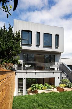 Designpad Has Expanded and Modernized a Modest One Story House in San Francisco 15