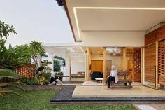 Flick House, Cinere, Indonesia / Delution Design Revolution