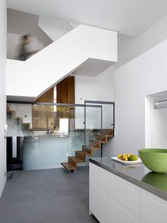 #white #glass #interiors #minimal #modern