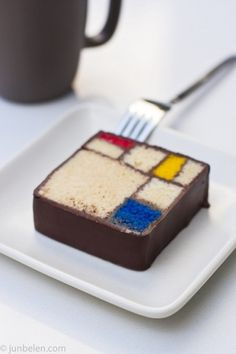 Mondrian Cake with Blue Bottle Coffee | Flickr - Photo Sharing! #cake #mondrian #food #grid #art