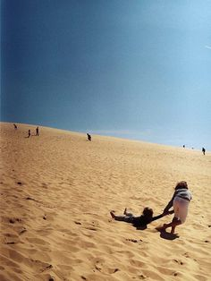 The Pull Down #kids #france #dune #sand