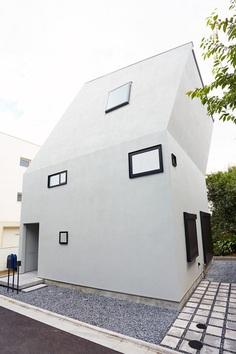 House M2 by Hiroyuki Shinozaki