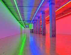 Flavin_Dan-Untitled-VII.jpg (1280×998) #sculpture #fluorescent #lights #colour #light #flavin