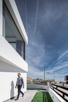 Odivelas House, Portugal / Sérgio Miguel Godinho Arquiteto