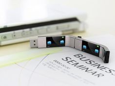 The U Transfer USB stick will function without the need of a computer. You will be able to transfer files from anywhere.