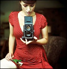 Piccsy :: Picc #woman #girl #self #camera #photography #portrait #film #dress