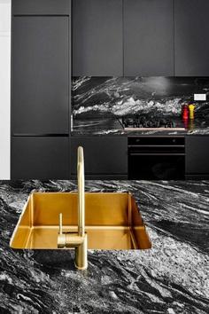 Sardenya Apartment by Raul Sanchez Architects 5