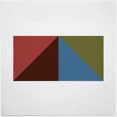 #416 Pyramid – A new minimal geometric composition each